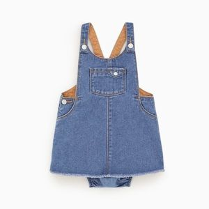 BNWT Zara Denim Pinafore w/ bloomer. Size 2 / 3